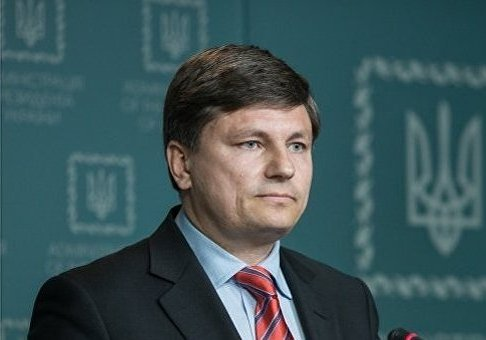 Poroshenko parliamentary faction's head explains why Rada in no hurry to adopt bill on Donbas