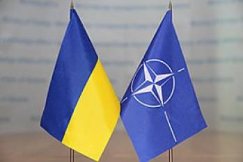 Poroshenko, Stoltenberg discuss how NATO supports Ukraine