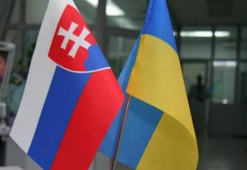 Yatseniuk discusses energy supplies to Ukraine with Slovak economy minister