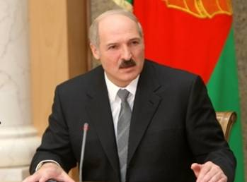 Lukashenko has no plans to curtail military cooperation with Russia
