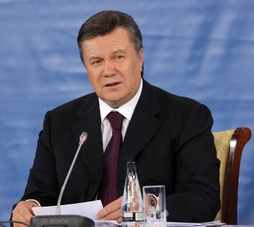 Yanukovych invites representatives of all political forces, public, clergy to nationwide dialogue