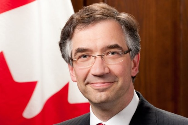 Canadian ambassador waiting for consideration of Ukraine issue at NATO summit, but not in context of possible membership