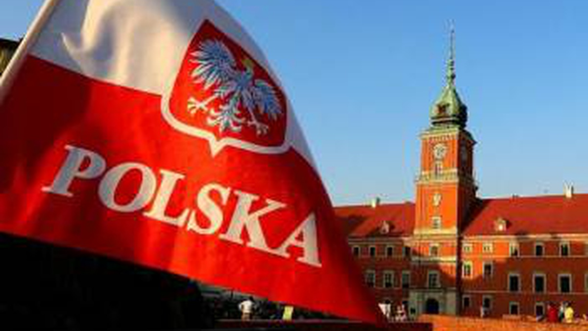 More than 1 mln Ukrainians working, living in Poland