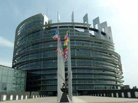European Parliament adopts resolution on Ukraine