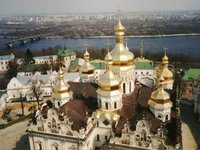 Two-storey building belonging to monastery complex of Kyiv Pechersk Lavra on fire