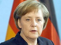 Merkel calls on Ukrainian MPs not to temp people with free gas