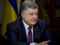 Poroshenko: only sanctions can halt Russian occupation in Azov Sea