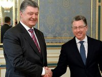 Poroshenko, Volker discuss sanctions against Russia