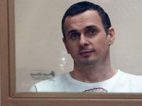EU declares violation of intl. law in Sentsov situation, awaiting his release