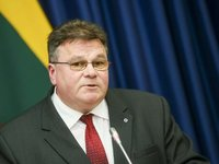 Linkevicius calls on Apple not to manipulate intl law on Crimea