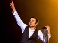 "Vakarchuk urges Ukrainians to vote consciously in presidential elections, not ""for fun"""