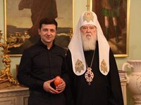 Zelensky meets with 'Honored Patriarch' Filaret