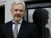 British court sentences Assange to 50 weeks in prison for violating terms of release on bail
