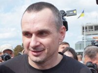 Sentsov to seek release of Ukrainians illegally held in Russia, Donbas
