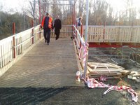 Old constructions being removed on bridge near Stanytsia Luhanska, temporary passage opened