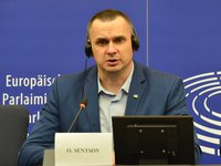 Sentsov in EP: When some of you think about shaking Putin's hand in friendship, remember every person who has died in Ukraine