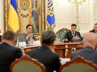 Zelensky at meeting with business circles: Authorities doing everything to make Ukraine attractive to investors