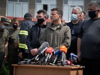 Each family whose houses were destroyed by wildfires in Luhansk region to receive UAH 300,000 – Zelensky
