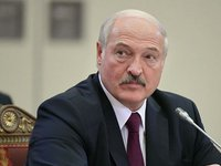 Lukashenko orders monitoring NATO forces' movement, tightening control over Belarus' Western border