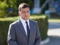 Zelensky calls increasing investor confidence one of priority tasks for 2021
