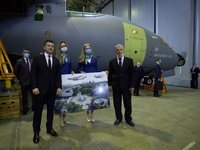 Ukraine orders three An-178 aircraft for army from SOE Antonov – Zelensky