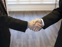 Polish Getin Holding signs agreement to sell subsidiary Idea Bank to Ukrainian buyer