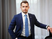 Ukrzaliznytsia intends to revise unprofitable contracts for long-term car rental - acting head