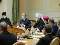 Shmyhal, Council of Churches discuss holding of religious holidays during quarantine