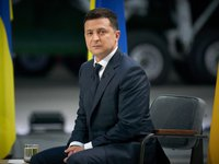 Shift of Zelensky-Biden meeting connected with expiration of Taliban ultimatum on evacuation of foreigners from Kabul airport